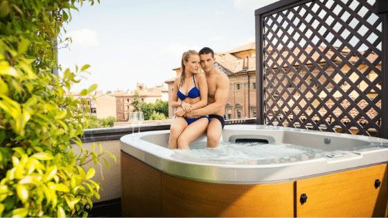 Spa extérieur, prix d'un spa, prix d'un jacuzzi, tarif spa, tarif jacuzzi, prix d'un spa, quel est le prix d'un spa, quel est le prix d'un jacuzzi,